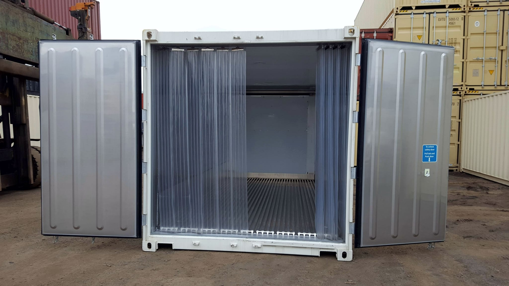 TRS Containers sells new running electric only refrigeration containers with mylar curtains